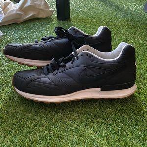 Nike Pegasus Racer size 11.5